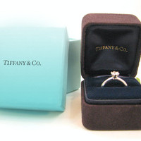 Tiffany & Co. Diamond Engagement Ring in Platinum, Original Boxes and Certificate, Beautiful Solitaire with VVS1 Clarity