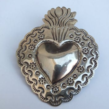 Large Heart Pin Brooch With Sun, Quarter Moons and Dots Accents, Silver Color, Fine Vintage Ladies Jewelry with Free Shipping and Gift Box