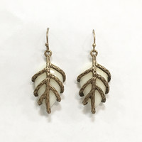 Natures Grip Earrings in White