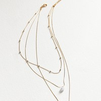 8 Other Reasons Dahlia Medallion Layering Necklace   Urban Outfitters