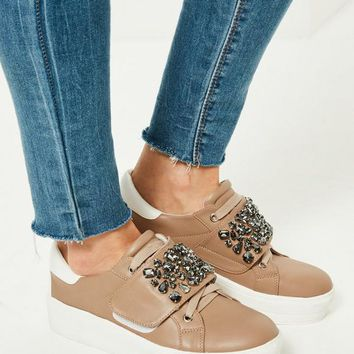 Missguided - Nude Embellished Panel Platform Trainers