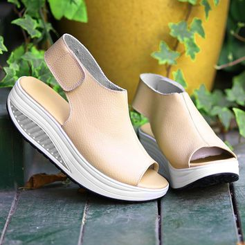Rumbidzo 2017 Summer Women Sandals Peep Toe Swing Shoes Ladies Platform Wedges Sandals