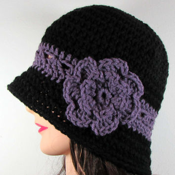 Womens Cloche Hat with Flower in Black and Dusty Lilac , Crochet , Handmade , 1920s , Bucket Hat , Flower