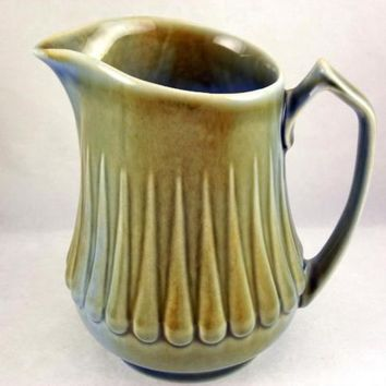 Wade Irish Porcelain milk pitcher jug James Borsey Raindrops design