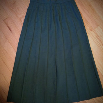 Vintage 1970's Pleated Michele Skirt made by the ILGWU