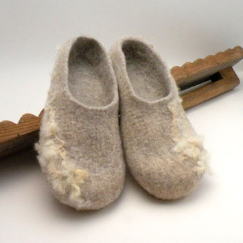 Felted slippers Neutral  size 7 US 375 EU 45 UK by AgnesFelt