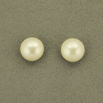 14 mm Low Dome Glass 1/3  Pearl Magnetic Earrings