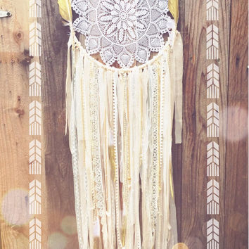 Pale Pink, Gold, White, & Off White Boho Gypsy Nursery Shabby Chic Hand Beaded Lace Gold Dipped Glitter Feather Crochet Doily Dreamcatcher