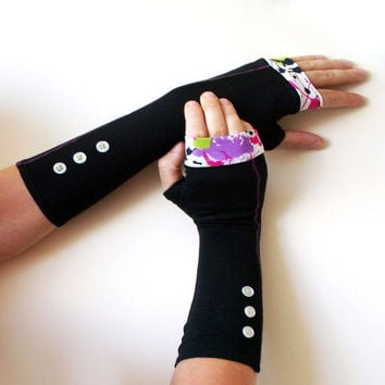 Black and purple fingerless gloves with white buttons and colourful edges    - Cotton Yoga Gothic Chic modern abstract  Cycling  Sport dark
