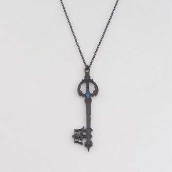 rongji jewelry Hot Game Kingdom Hearts Oblivion Blade Charms Necklace Alloy Jewelry Figure Cosplay for women factory outlet