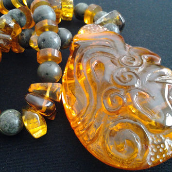 AMAZINGLY BEAUTIFUL Transparent Rare Vintage Mexican Amber Pendant & Mayan Jade Bead Necklace