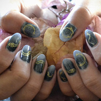 Gilded Serpents Nail Wraps