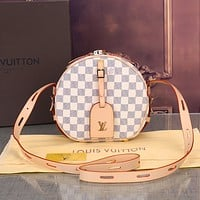 LV 2019 new classic old flower female small round bag shoulder bag Messenger bag white check