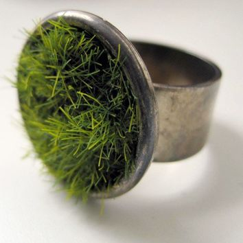 Lush Green Grass Ring in Gun Metal by seahagandwalrus on Etsy