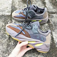 ADIDAS YEEZY 700 BOOST Tide brand men and women retro sneakers old shoes 2#