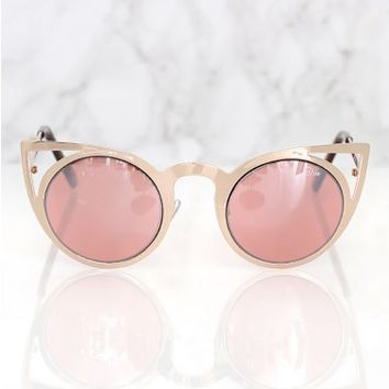 Quay Invader Sunglasses Pink