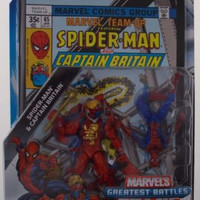 Marvel Universe Spiderman Captain Britain Greatest Battle Comic Book Pack Figure
