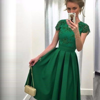 Cheap Dark Green Cocktail Dresses 2017 Backless A-Line Short Sleeves Appliques Robe De Cocktail Tea Length Party Gowns C14