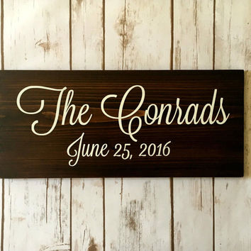Last Name Sign Wood, Name Sign, Country Home Decor, Wooden Signs Cedar Signs, Rustic Wall Decor, Family Sign, Gift for Newlyweds