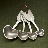 Beehive Kitchenware | Heart Measuring Spoons