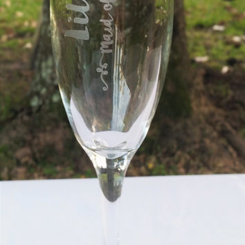 Personalized Bridesmaid, Maid of Honor Champagne Flutes, Toasting Glasses, Personalized Wedding Glasses, Bridesmaid Gifts