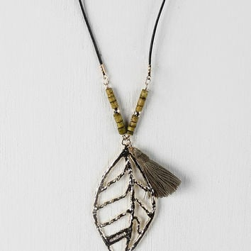 Cut Out Leaf Hammered Pendant Necklace