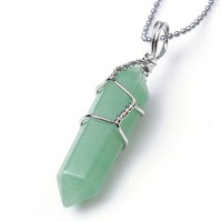 JOVIVI® Rock Crystal Divination Quartz Healing Point Chakra Pendant - Green Aventurine