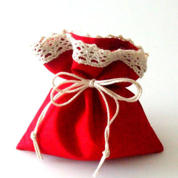 Gift Bag - the Christmas Morning - Drawstring Bag - Pouch - Red Favor Bags - Cotton Bags with Cotton Lace - Handmade Bags