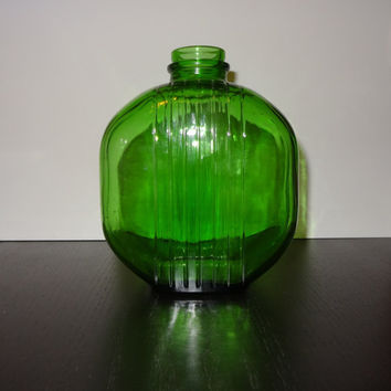 Vintage Green Glass Art Deco Style Refrigerator Bottle/Jar/Decorative Vase