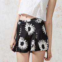Hearts and Bows Oconee Daisy Shorts | ARK