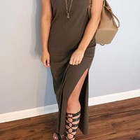 Round Neck  Side Slit  Plain  Short Sleeve Maxi Dresses