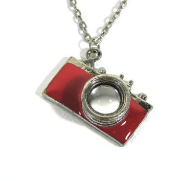 Camera Photographer Statement Necklace Charm Pendant NB12 Red Vintage Retro Indie Fashion Jewelry