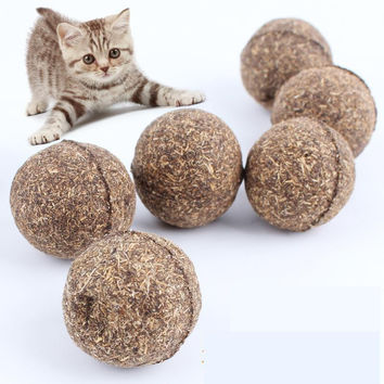 100% Edible Natural Catnip Ball, Menthol Flavor Cat Treats
