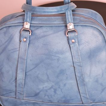 American Tourister Luggage  - Overnight bag  - vintage bag  - vintage luggage  - Circa 1960  - vintage purse