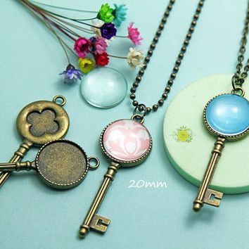 Complete Pendant Tray Kits-20mm Bezel Trays-Vintage Style Key Cabochon Settings-20mm Round Glass Cabochon-Rolo or Ball Chains-Choose Qty