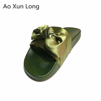 New 2017 Summer Women Slippers Cute Bow Silk Rubber Slides Home Flip Flops Trendy Ladies Sandals Bling Casual Beach Shoes Eur 40