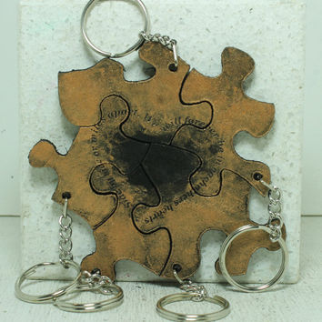 Friendship Set of 5 Best Friend Key chains Side By Side saying Bronze and black painted Leather U281