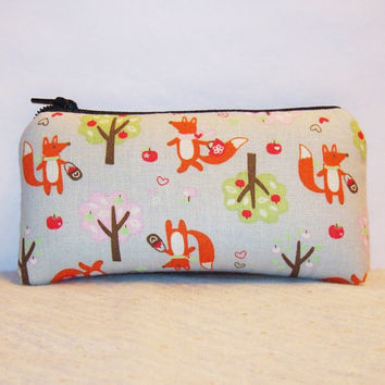 "Little Red Riding Fox Print Cotton Padded Pipe Pouch 5.5"" / Glass Pipe Case / Spoon Cozy / Piece Protector / Pipe Bag / SMALL"