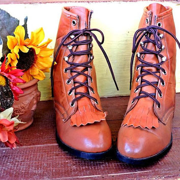 Vintage ropers 6.5  / cowgirl boots / Laredo made in USA / womens ankle boots / fringed / lace up kiltie  / lacers / cognac brown leather