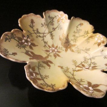 Scallop Porcelain Bowl Decorated Gold Silver Raised Flowers