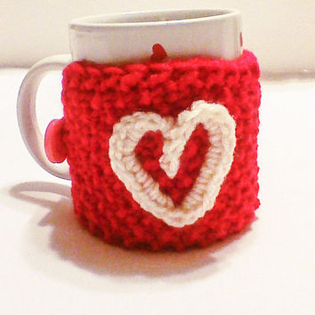 Hand Knit Valentine red coffee cozywith red crochet heart/Valentines gift/Mug warmer/Cup sweater/Cup cozy/Cup sleeve/Knitted cozy