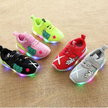 New Cartoon Lovely fashion LED shoes for kids colorful lighting children casual shoes hot sales glowing baby girls boys sneakers