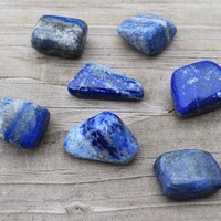 Lapis Lazuli Gemstone - Psychic Messages and Protection