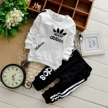 2016 Baby cotton suits Sets children's clothing girl boy baby boy suits two-piece suits cotton clothes for children 0-2 ages