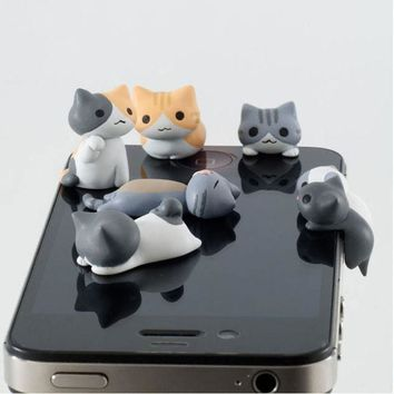 Dust Plug Gray Cat Catch The Bulb Lovely Cute Cat 3.5mm Universal Phone Earphone Jack Plug Dust-proof Stopper Cap VAY42 P50