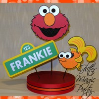 GlitterMagicParty - Elmo Centerpiece Personalized Name and Age - Sesame Street, Dorothy - Sesame Street Party Decoration - Elmo Party