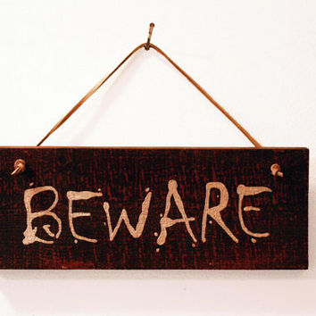 Scary Halloween Wood Sign Decor, BEWARE
