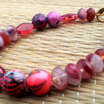 Red Bead Bracelet - Mixed palette beaded jewelry mix n match red pattern pieces animal print diamond oval white