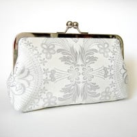 Kisslock Clutch Frame Silk Lined Si.. on Luulla
