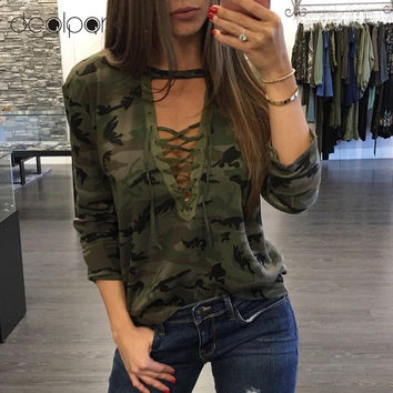 2016 Camisetas Mujer Fashion Women Camouflage Long Sleeve T-Shirt Lace Up Neck Cross Printed Sexy Slim T-Shirt Tops Army Green